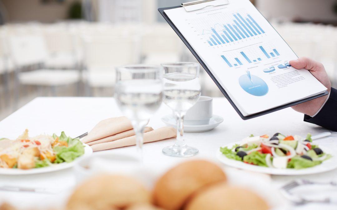 Como a consultoria alimentar pode contribuir para a melhoria dos procedimentos dos processos como um todo?